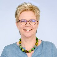 Claudia Kummer